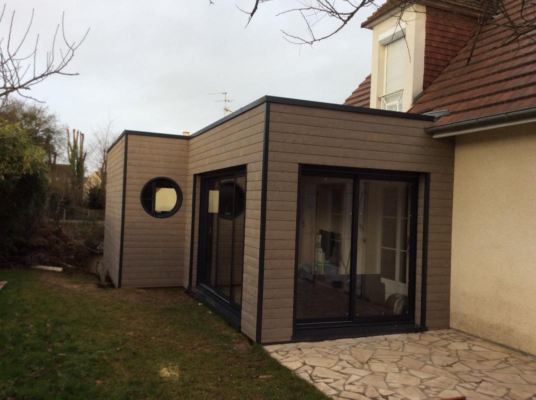 Super Une extension bois sur pilotis à Mondeville - Maisons d'intérieur  QX34